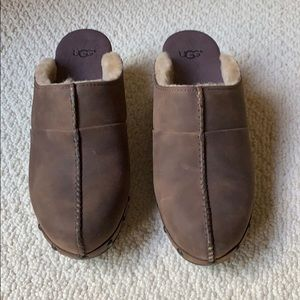 NWOT UGG Chocolate Brown Clogs